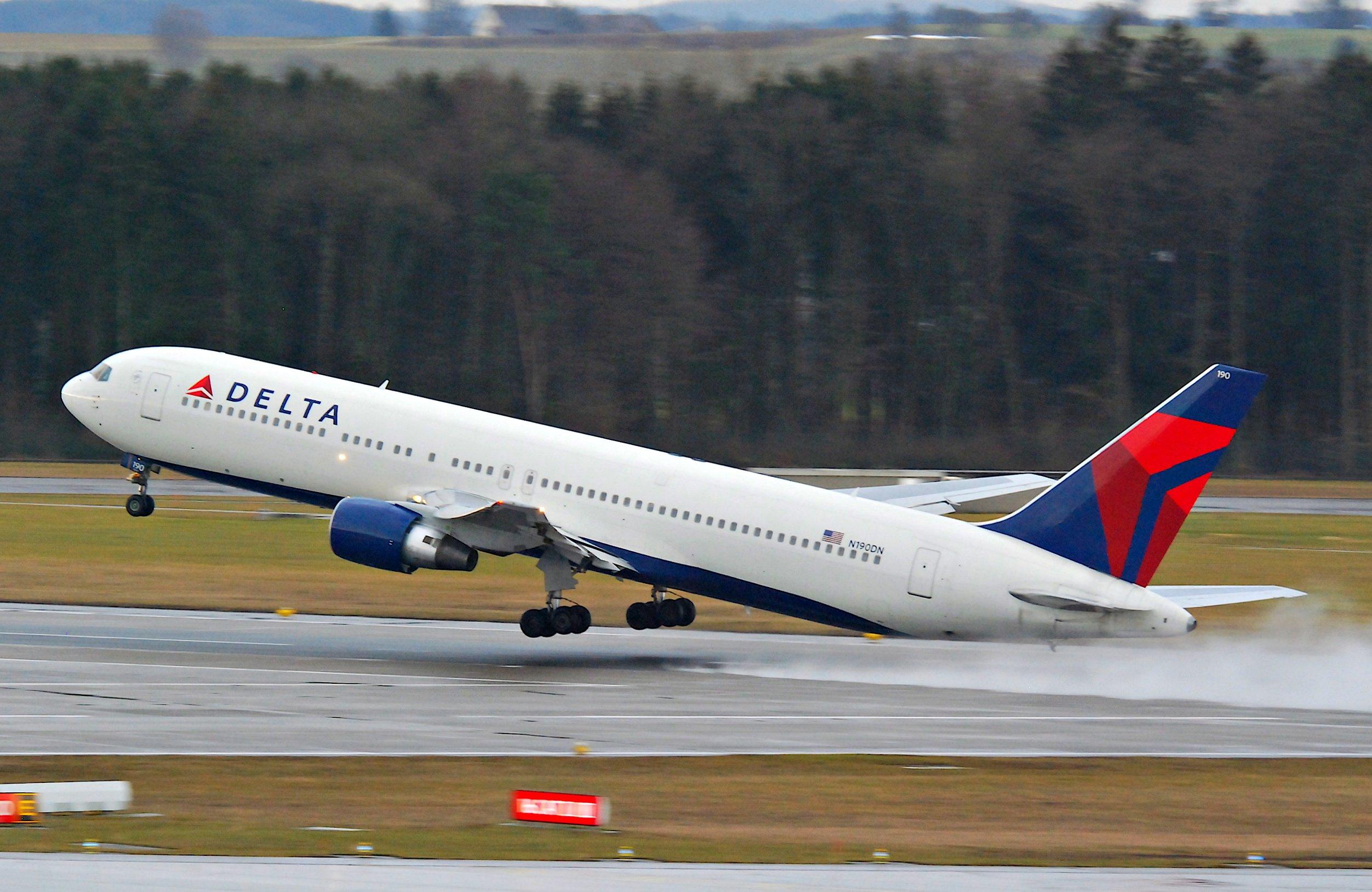 Delta_Air_Lines_Boeing_