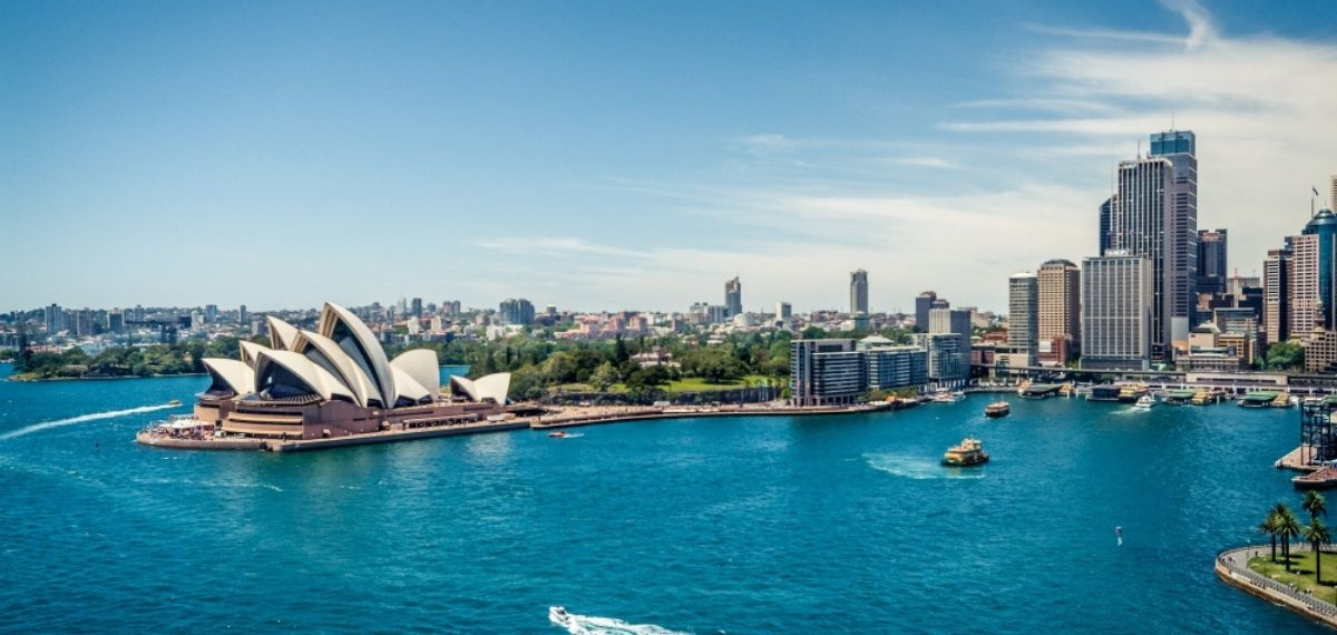 Qantas Airlines Returns to International Flying
